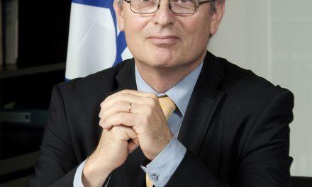 """""""Chroniques pour la Paix"""" avec Daniel Shek, ancien ambassadeur d'Israël à Paris (23/12/11)"""