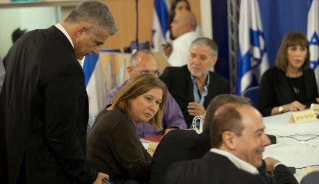 Nétanyahu en prend finalement conscience: Abbas n'est pas le Hamas