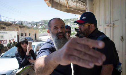 Le romancier Michael Chabon après une visite à Hébron: «Déshumaniser les autres vous déshumanise.»