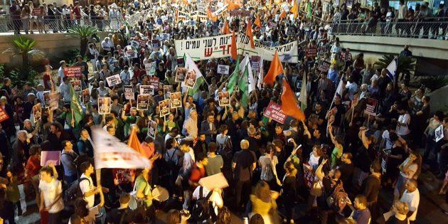 Ils luttent pour la démocratie… Soyons à leurs côtés