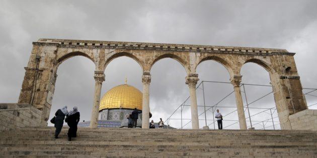 Nétanyahou et Abbas, tous deux laïques, enfourchent le tigre religieux qui les éloigne de la paix