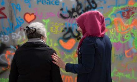 """"""" A l'écoute des sociétés civiles israélienne et palestinienne"""""""