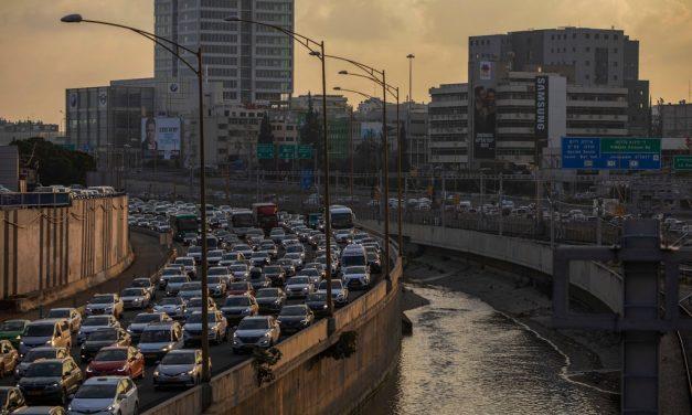 """Israël, """"nation start-up"""", gémit sous la pression de la croissance et de la négligence"""