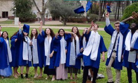 Jeudi 7 janvier à 19h30…Givat Haviva – Rencontre Zoom avec deux élèves du Lycée international de Givat Haviva (GHIS).